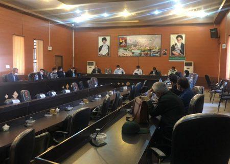 برگزاری جلسه بررسی مشکلات مربوط به واکسیناسیون در کوار با حضور مسئولین شهرستان